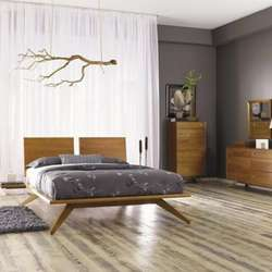 Modern Bedroom Furniture - Beds, Dressers & Nightstands | Lumens