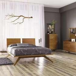 wholesale dealer 93491 2ec1c Modern Bedroom Furniture - Beds, Dressers & Nightstands | Lumens