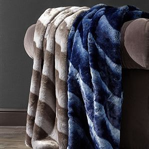 Zambia Oversized Throw